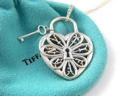 heart key pendant necklace images Tiffany co stunning filigree heart key pendant necklace charm jpg