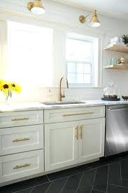shaker kitchen cabinet handle cabinet door handles and knobs