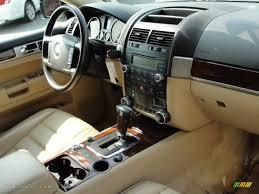 volkswagen touareg interior 2005 volkswagen touareg v8 interior photo 50162144 gtcarlot com