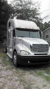 freightliner columbia 2009 daycab semi trucks