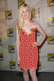 elle fanning 2014 wallpapers elle fanning at focus features panel at comic con 2014 in san