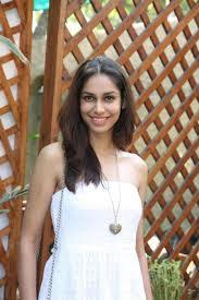 ex miss india amruta patki at bungalow 9 restaurant new brunch