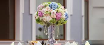wedding flowers for guests 39 gorgeous wedding centerpieces wedding forward