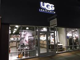buy ugg boots near me ugg shoe store in chesterfield missouri uao 18521ob214