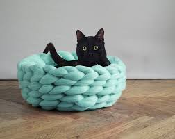 extremely chunky pet beds knit by anna mo bored panda