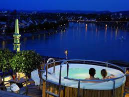hotel en suisse avec dans la chambre une chambre avec vue renversante luxe les plus de la rédaction