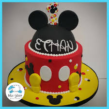 mickey mouse birthday mickey mouse inspired birthday cake blue sheep bake shop