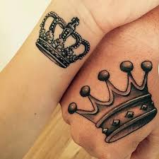 collection of 25 king and queen crown tattoos on fingers for couple
