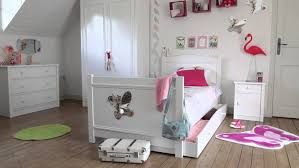 chambre a coucher complete but lit but fille idee mur decoration superpose ameublement pour