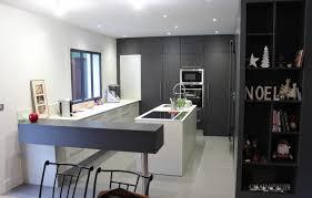 entree en cuisine un aménagement sur mesure près d angers cuisine entrée salle de