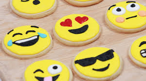 how to make emoji cookies nerdy nummies youtube