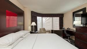 Two Bedroom Hotel Suites In Chicago Doubletree Chicago Downtown Magnificent Mile Hotel