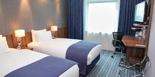 Holiday Inn Express London Heathrow T Hotel By IHG - Holiday inn family room