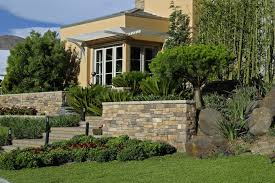 Average Cost Of Landscaping A Backyard Garden Landscaping Costs Excellent Curb Appeal Landscape Lighting