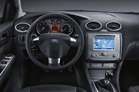ford focus 1 6 sport ford focus on car magazine reviews ratings