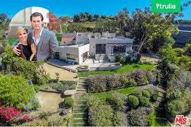 trulia malibu chris hemsworth and elsa pataky but house in malibu celebrity