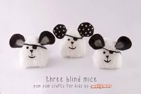 mollymoocrafts pom pom craft for kids on tour