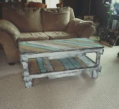 Plans For Building A Wooden Coffee Table by Best 25 Pallet Coffee Tables Ideas On Pinterest Paint Wood