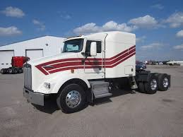 used t800 kenworth trucks for sale 2011 kenworth t800 sleeper semi truck for sale 635 000 miles