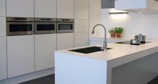 poser plan de travail cuisine prix installation et pose d un plan de travail travaux cuisine