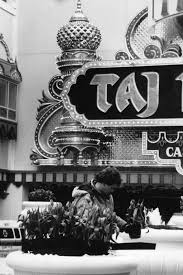 look back at the trump taj mahal a history in photos top