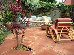 Flagstone Patio Installation Cost by Choosing The Right Surface Material For Your Patio