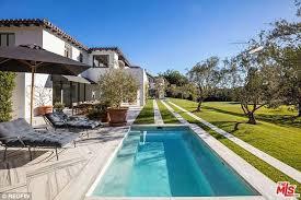 Lori Loughlin Thong - lori loughlin lists bel air mansion for 35m daily mail online