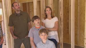 Tiny Houses Fyi Network watch 350 sq ft outdoor adventure house full episode tiny