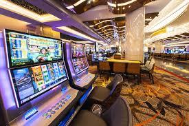 how many poker tables at mgm national harbor photos mgm national harbor casino opens its massive doors metro