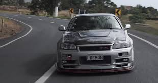 nissan skyline png test driving a 1 000 hp r34 nissan skyline gt r is dangerous