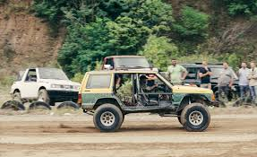 tracker jeep the battle of the off road beaters ford vs geo jeep and land