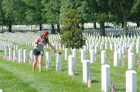 Arlington National Cemetery Map Alloway Family Honors Fallen Soldiers By Handing Out Roses At
