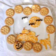 halloween crackers and cheese itsy bitsy foodies