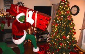 grinch still in custody to serve community service at parade