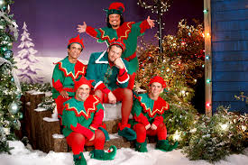 family christmas shelton s not so family christmas photos and pictures tv guide