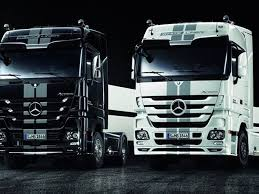 mercedes truck and luxury liners mercedes customizes its actros semi truck