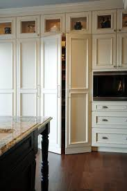 How To Make Kitchen Cabinet Doors With Glass Best 25 Cabinets To Ceiling Ideas On Pinterest White Shaker