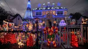 christmas light show illinois families with the best christmas light displays video abc news