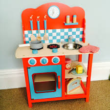 cavendish play kitchen review life as our little family we love the design of this play kitchen it is bright engaging and perfect for either a boy or a girl if you do have a princess in your house who is