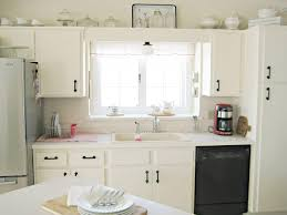 Overhead Lights For Kitchen by Looking Stylish With Ceiling Lights For Kitchen U2014 Bitdigest Design