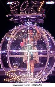 New Years Ball Drop Decoration by Nicole U0027snooki U0027 Polizzi Taping Of Snooki U0027s New Year U0027s Eve Ball