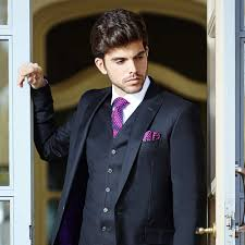grooms wedding attire a groom s guide to buying a wedding suit hitched co uk