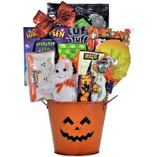 halloween kids cartoons amazon com spooky sweets u0026 treats halloween gift basket for