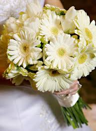 wedding flowers types top wedding flowers tips weddingelation