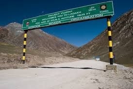 how long would it take to travel 40 light years how much time will it take to travel from srinagar to jammu by road