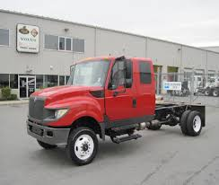 volvo 18 wheeler international terrastar doublecab service truck 2010 3d model from