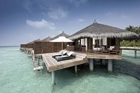 chambre sur pilotis maldives hotel kuramathi island resort 4 maldives avec voyages leclerc