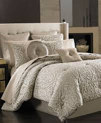 Beautiful Comforters Best 25 King Comforter Ideas On Pinterest Navy Comforter Coral