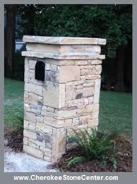 Best 25 Stone Columns Ideas by Best 25 Stone Mailbox Ideas On Pinterest Brick Columns Driveway