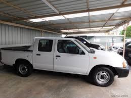 nissan truck white used nissan navara white 2010 navara white for sale camp